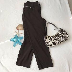 CHICOS Size 2 SO SLIMMING Brown Capri Pants